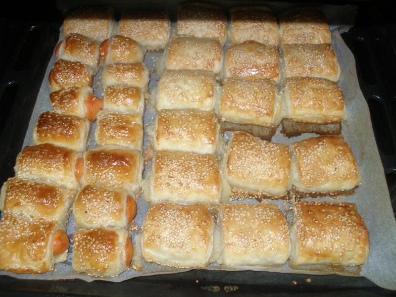 Saucisses cocktail en feuilleté/ Borekas aux pommes-de-terre P5291913