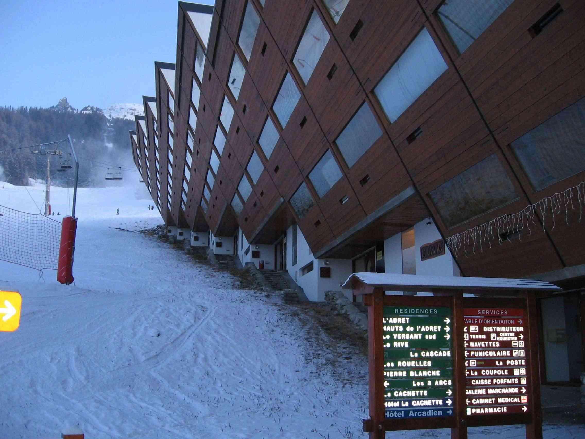 La Route des Grandes Alpes - Page 10 Img_0111