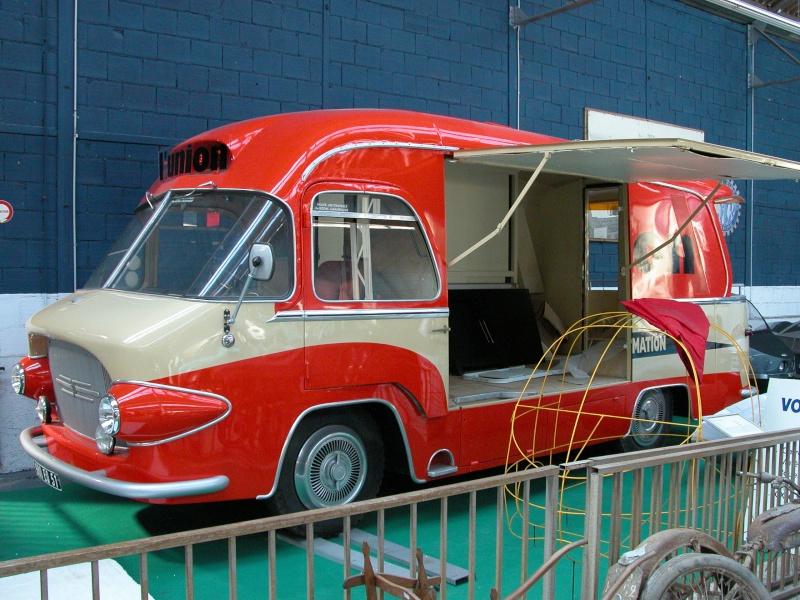 Les véhicules publicitaires paradent au musée de l'auto Musae_10