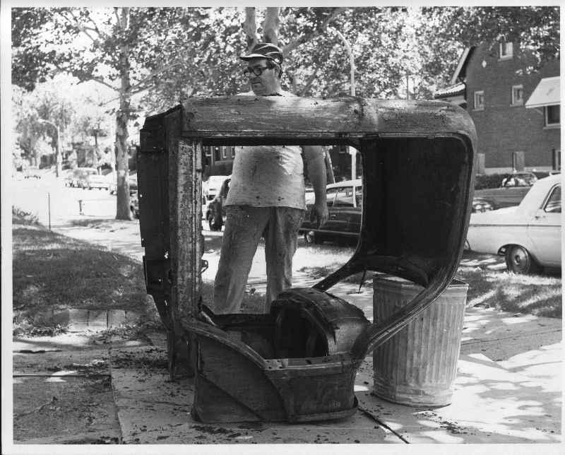 "Hot rod in street - Vintage pics - ""Photos rétros"" -  Abitof10"