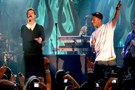 MTV Live Performance 03110