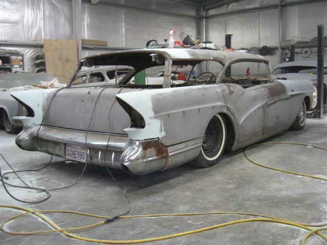 "1957 Buick Caballero "" DOROTHY "" FINI - Page 4 V110"