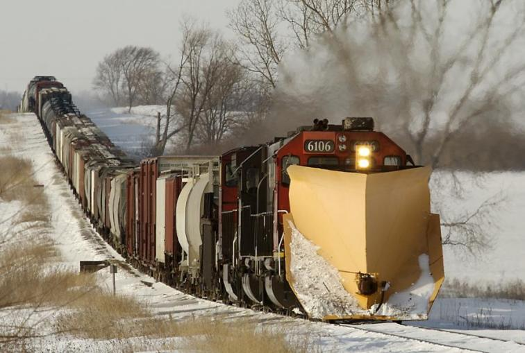 Lokomotive-Vozovi - Page 4 424