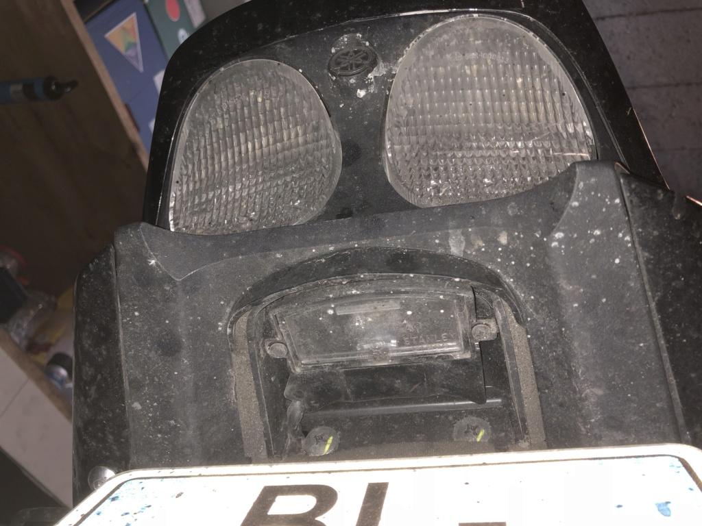 Trouvé - Feu complet XJR 1300 à partir de 2007 Img_4711