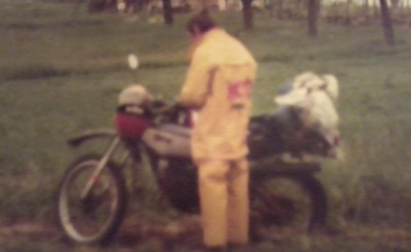 jeune, souvent sans le sou , mais avec ..... une moto !!!! Photo119