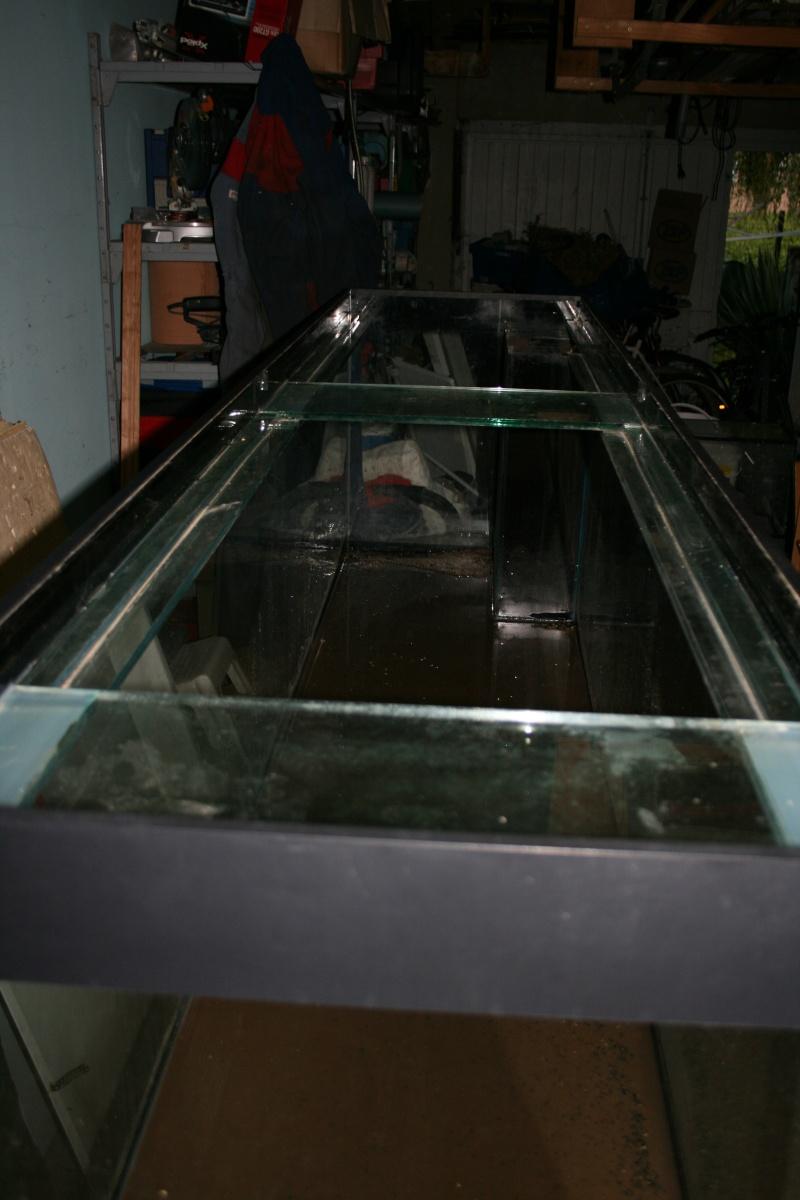 MON PROJET QUI DEBUTE (aquariums marins de 1000 litres,etudes,conception,photos) Aqua_m10