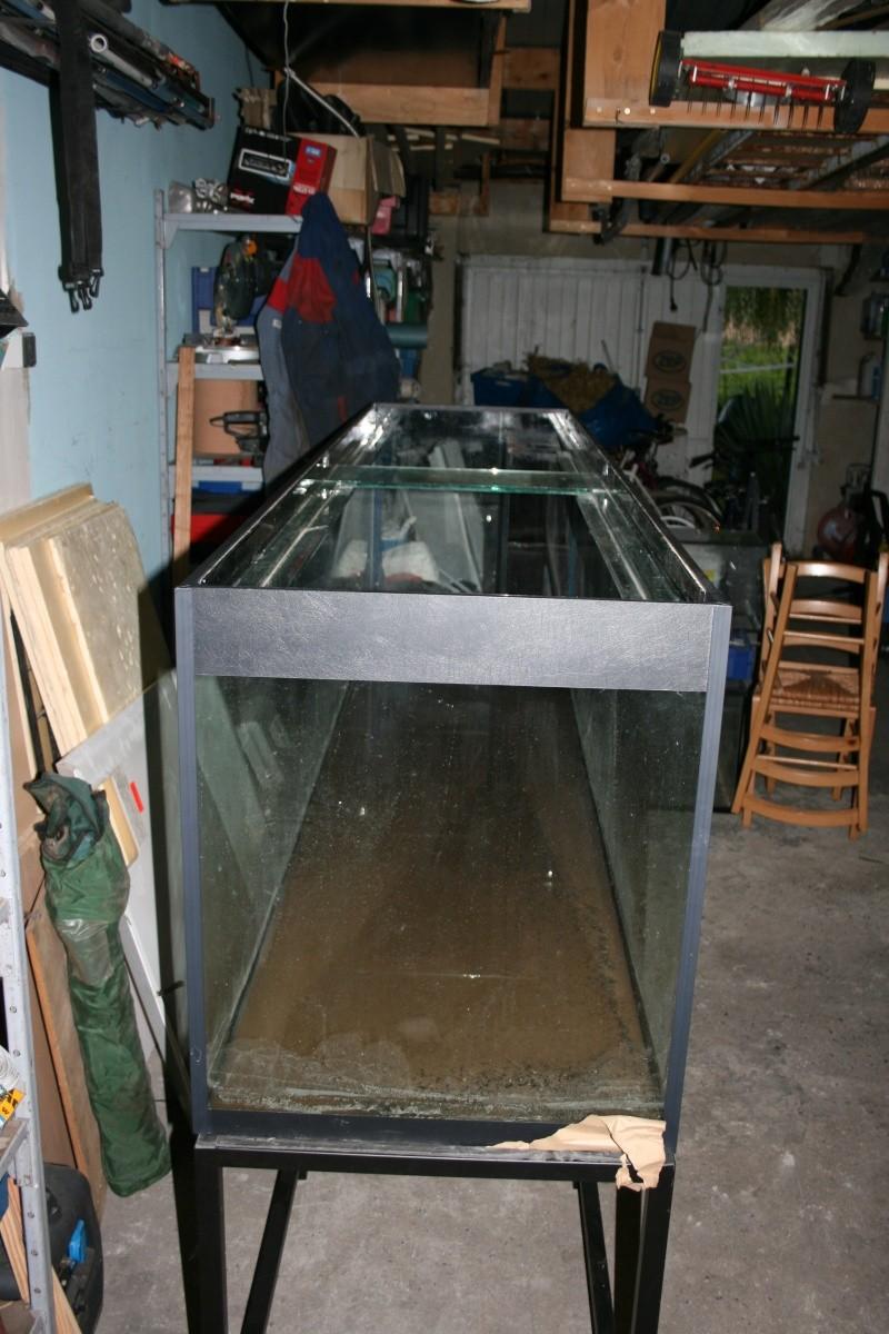 MON PROJET QUI DEBUTE (aquariums marins de 1000 litres,etudes,conception,photos) Aqua_m12