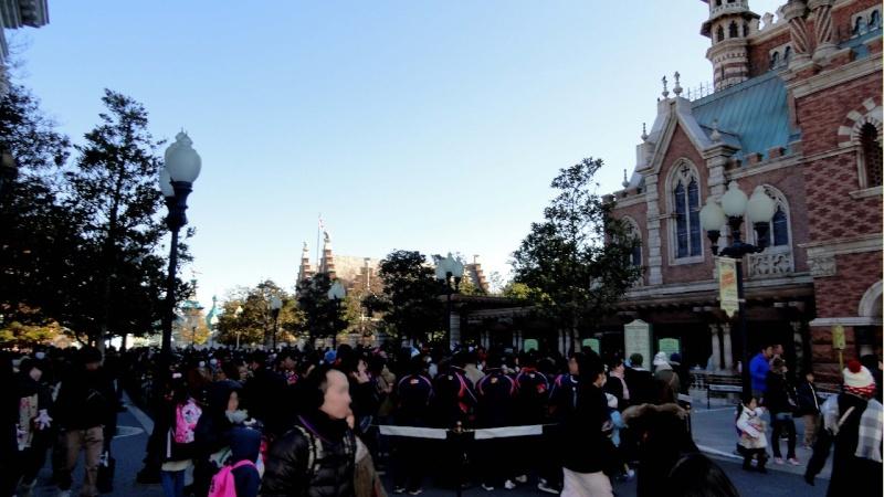 Tokyo DisneySea - Page 7 06200223