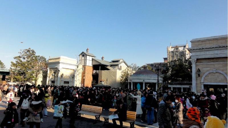 Tokyo DisneySea - Page 7 06300211