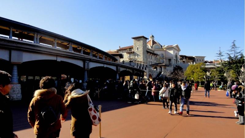 Tokyo DisneySea - Page 7 06600212
