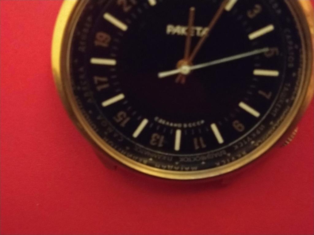 Les Raketa 24 heures soviétiques (1ère partie: Les 2623 et les 2623.H classiques) - Page 2 Img_2012