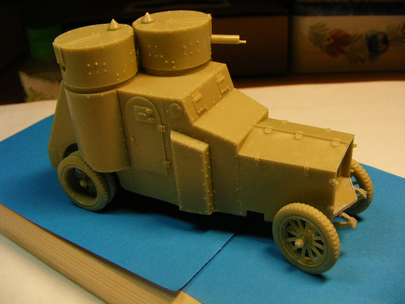 Armstrong-Whitworth- Fiat (Izorski) Russian armored Car WW I Sur_le11