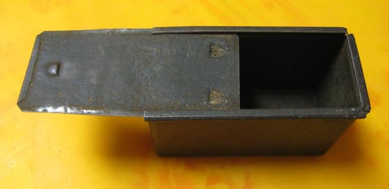 Identification d'une boite métallique. Box310