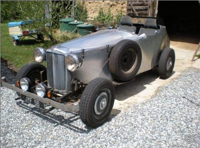 Musée des horreurs et délires automobiles Captur13