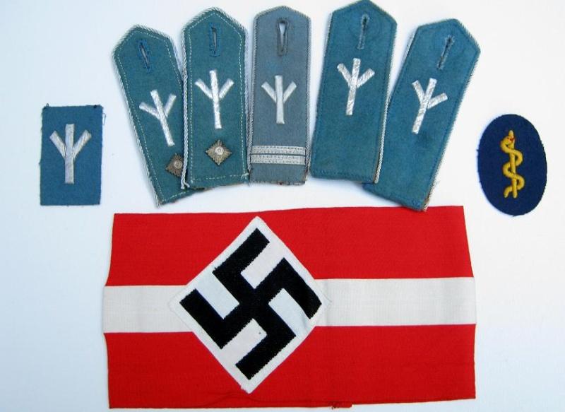Les grades dans la Hitlerjugen Group12