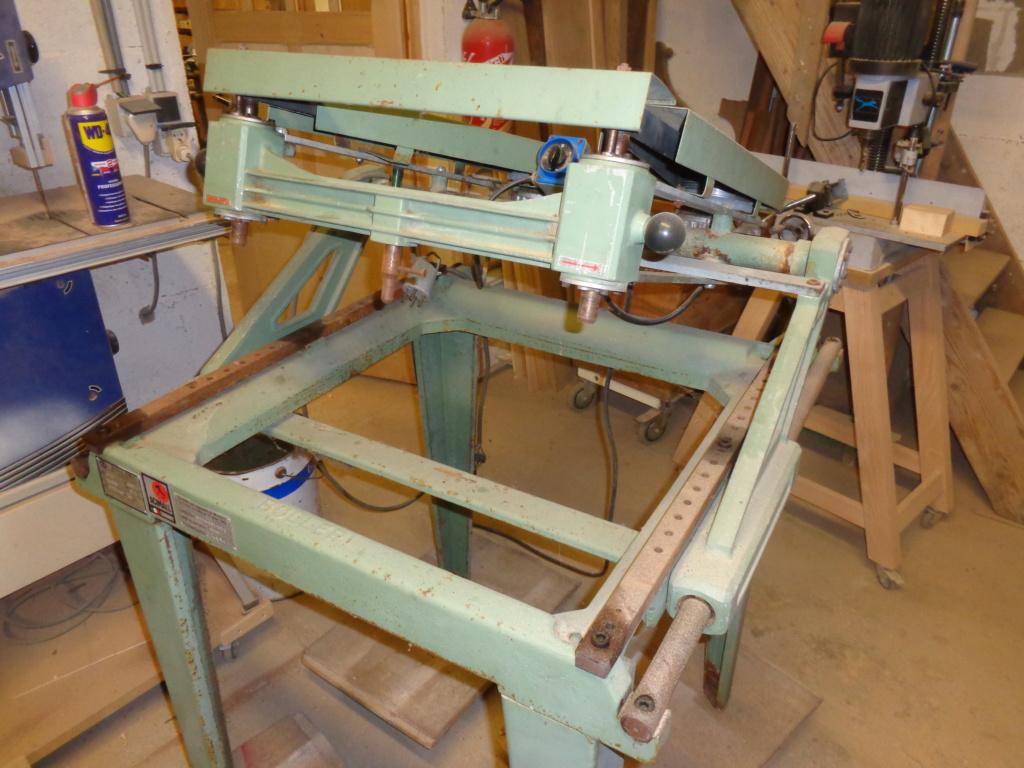 Fabrication d'une machine à copier les crosses (du moins tentative de...) - Page 3 Dsc00012