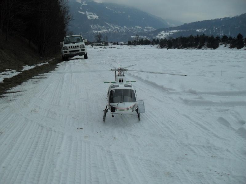 AS 350 BLUGEON Hélicoptères Classe 700 Sdc15710