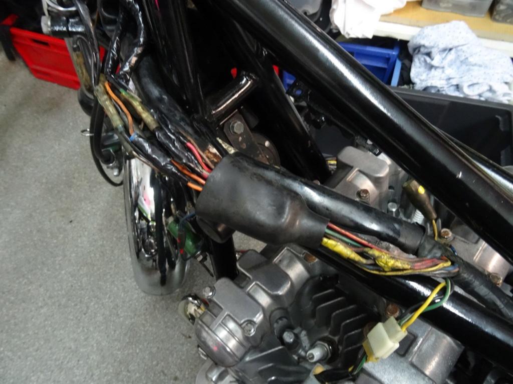 Restauration d'un Z 1000 A1  ..... ! - Page 2 Dsc03516