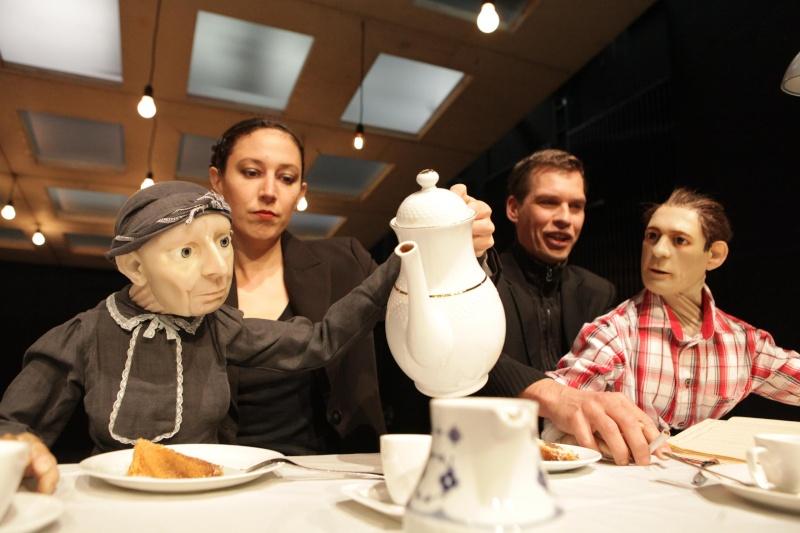 Buddenbrooks [Compagnie Puppentheater Halle] Budden11