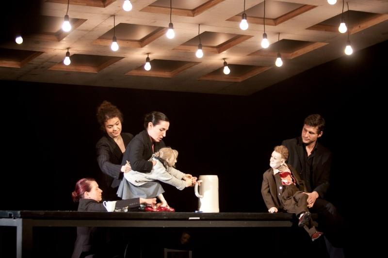 Buddenbrooks [Compagnie Puppentheater Halle] Halleb10
