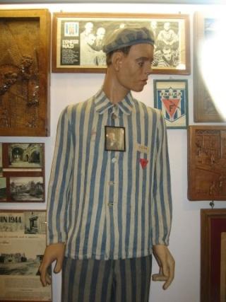 musée sur la ww2 dans les pays de la loire Veste_10