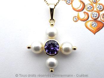Une tanzanite superbe et quatre perles Akoya Peofp114