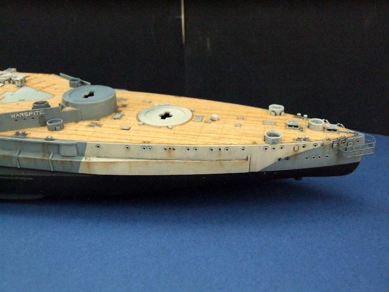 HMS WARSPITE 1942 - Page 6 Dscf3323