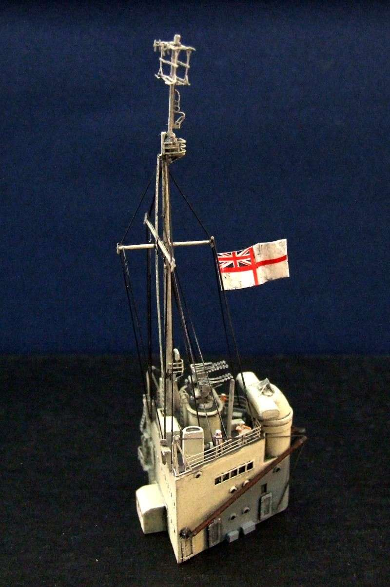 HMS WARSPITE 1942 - Page 8 Dscf3412