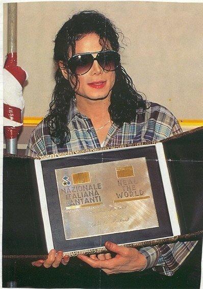 Il sorriso di Michael - Pagina 16 22161_10