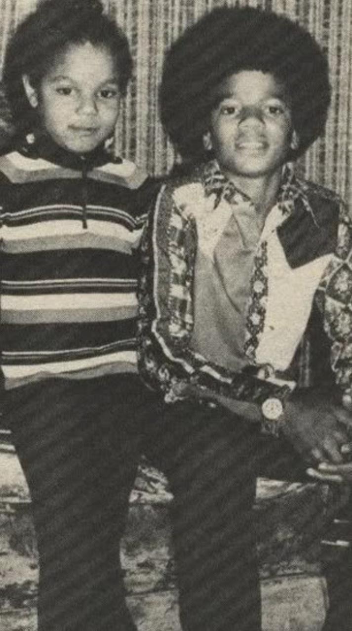 Michael e Janet!!! - Pagina 3 6f0elq10