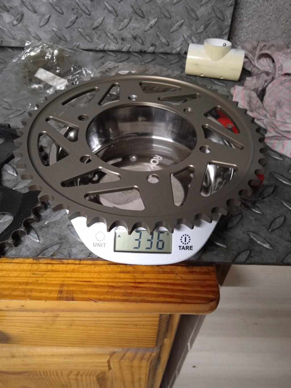 Gain de poids kit chaine/ disques Img_2054