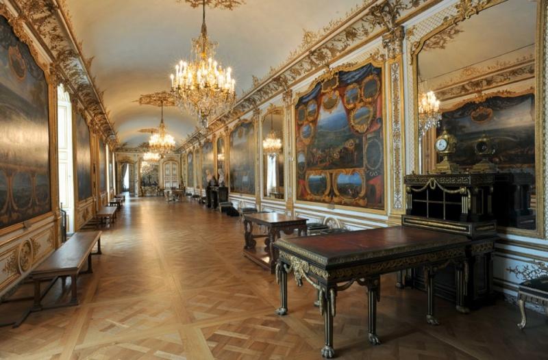 Les châteaux Parisiens 43016911