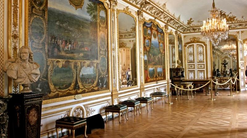 Les châteaux Parisiens 53655711