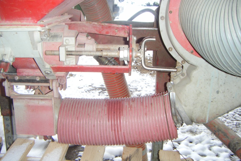 Modif semoir accord turbine hydraulique Dscf2010