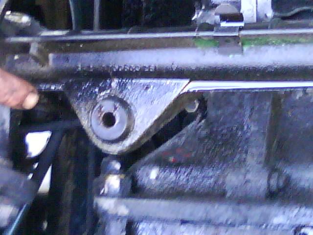 pompe a eau renault 6 1180 Dsc00914
