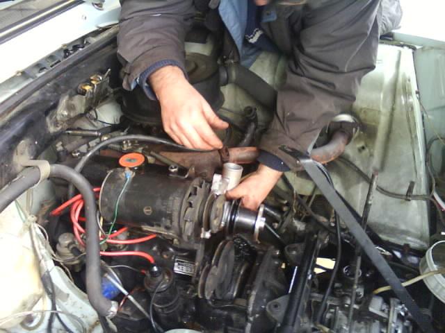 pompe a eau renault 6 1180 Dsc00917