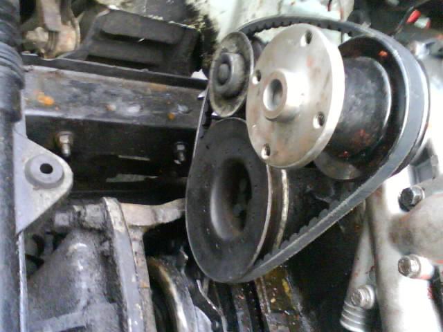 pompe a eau renault 6 1180 Dsc00920