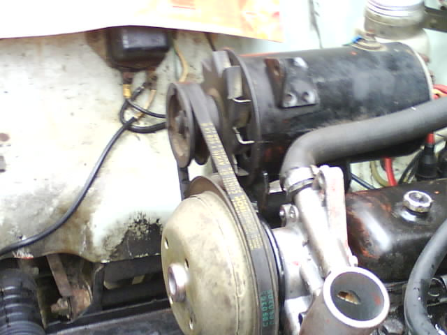 pompe a eau renault 6 1180 Dsc01011