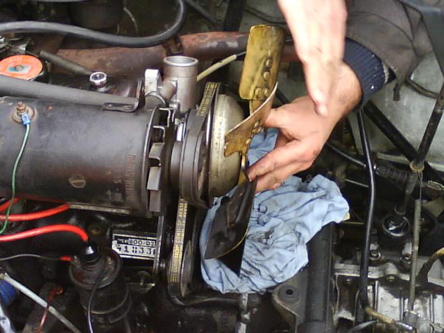 pompe a eau renault 6 1180 Dsc01012