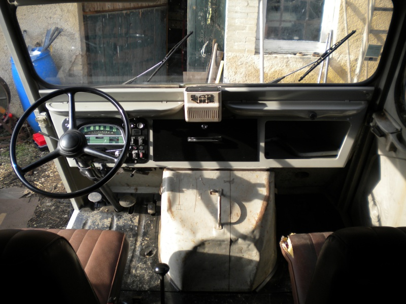Présentation : mes vehicules:2 H et une 2cv Dscn0010