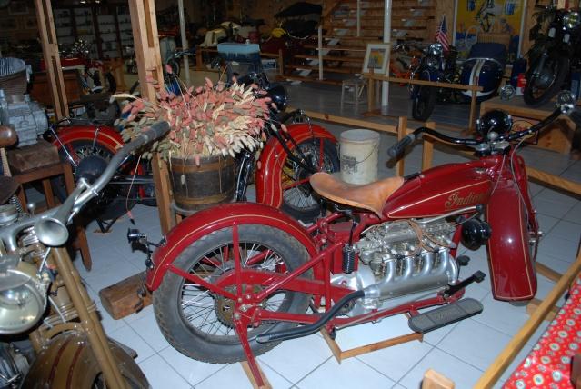 Quelques photos de motos du musée Baster à RIOM 20110912