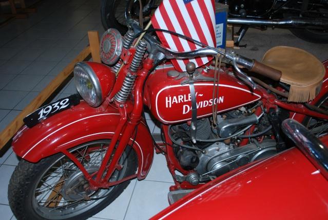 Quelques photos de motos du musée Baster à RIOM 20110914