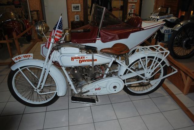 Quelques photos de motos du musée Baster à RIOM 20110916