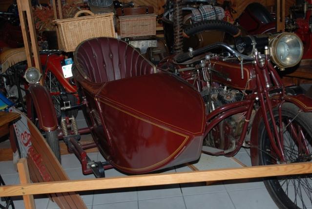 Quelques photos de motos du musée Baster à RIOM 20110920