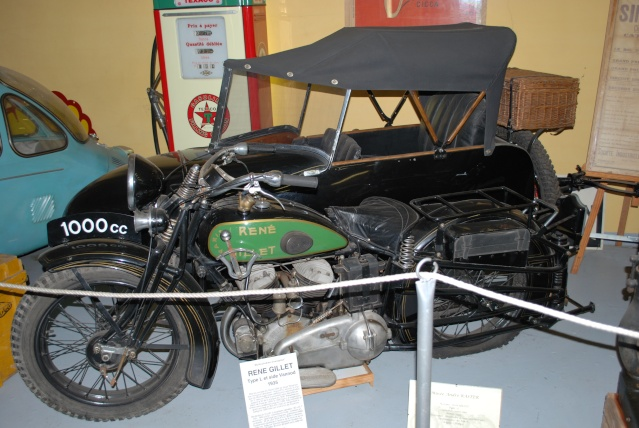 Quelques photos de motos du musée Baster à RIOM 20110926