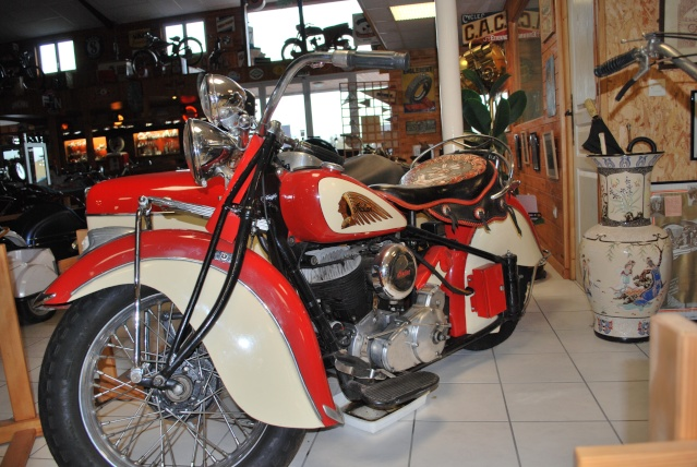 Quelques photos de motos du musée Baster à RIOM 20110940