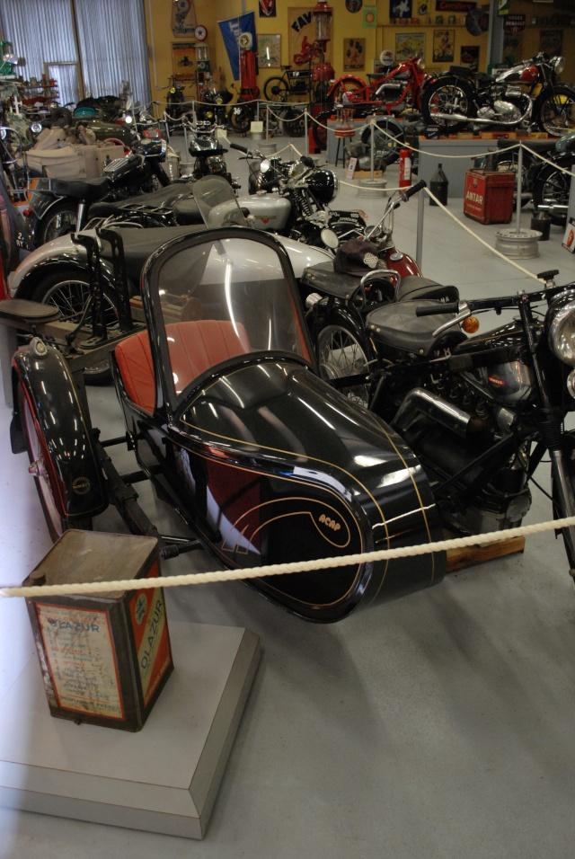 Quelques photos de motos du musée Baster à RIOM 20110946