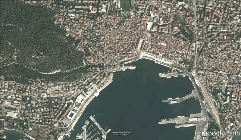 Hameçon géant à Split - Croatie Hameco11