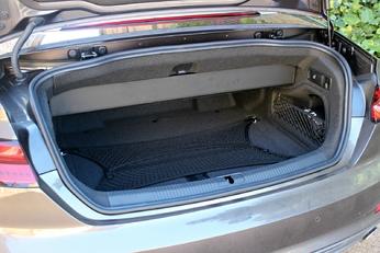 Mettre un Brompton dans un cabriolet ? Coffre11