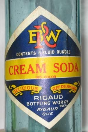 une compagnie de rigau  botling work cream soda  etiquette  Img_3811